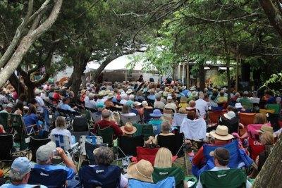 The crowd at Ocrafolk. Photo, Madeline Bishop.