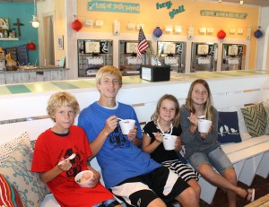 Enjoying frozen yogurt at Surfin' Spoon. Photo North Beach Sun (Kip Tabb)