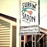 surfin' spoon: tasty yogurt + great atmosphere