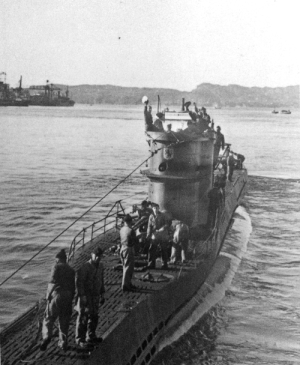 U-571 preparing to leave France.