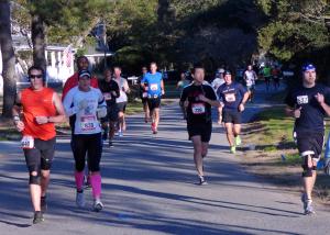 2013 Marathon Runners on Moor Shore Road in Kitty Hawk.