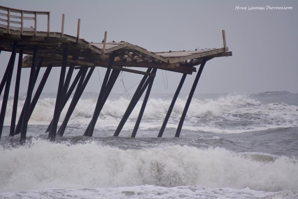 pier buckling from large waves
